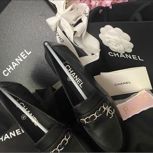 Chanel black classic loafer flat shoes classic CC